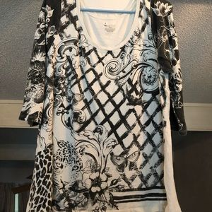 Pulse size patterned t shirt